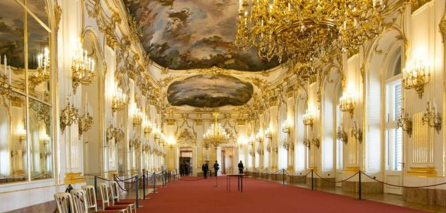 Best-of-Palace-Interior-Design-Picture-gh.jpg